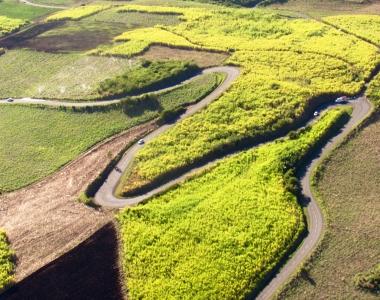 Les routes et chemins de La Réunion vue du ciel par Fly Réunion