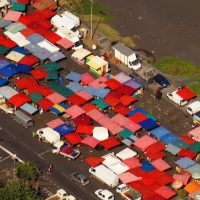 Le marché de Saint-Paul vue du ciel par Fly Réunion école ulm et vols touristiques